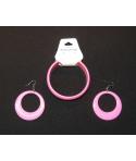 Conjunto de pendientes y pulsera de color rosa